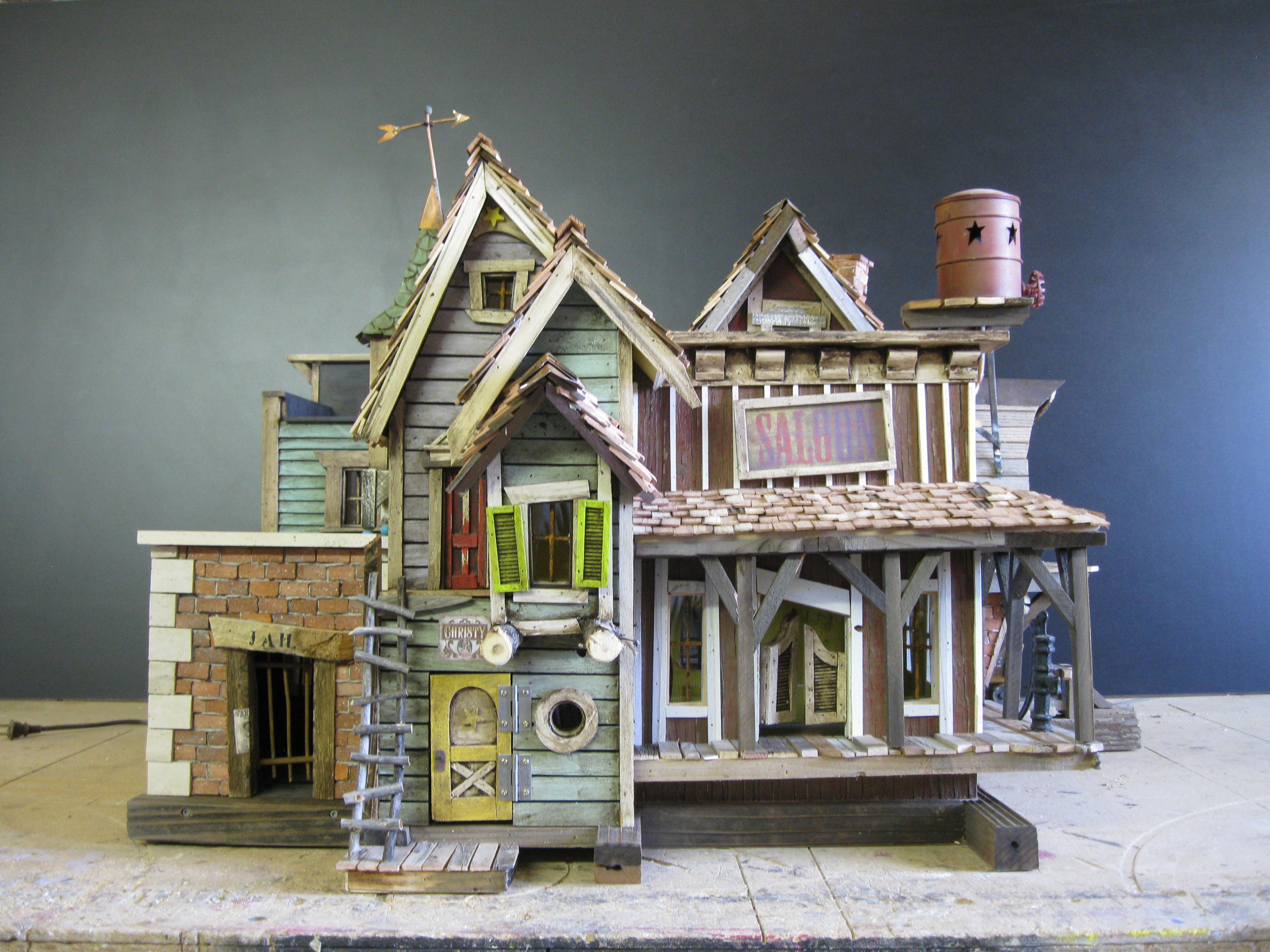 Crookedbirdhouse